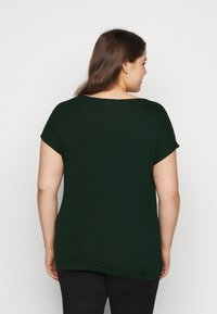 Anna Field Curvy - T-shirts med print - dark green - 2