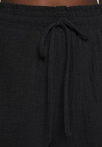 Cotton On Body - OFF THE SHOULDER LONGLINE SHORT SET - Beach accessory - black - 7