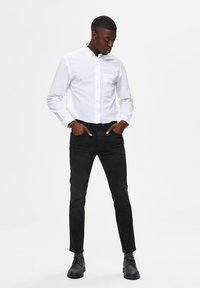 Selected Homme - Slim fit jeans - black denim - 1