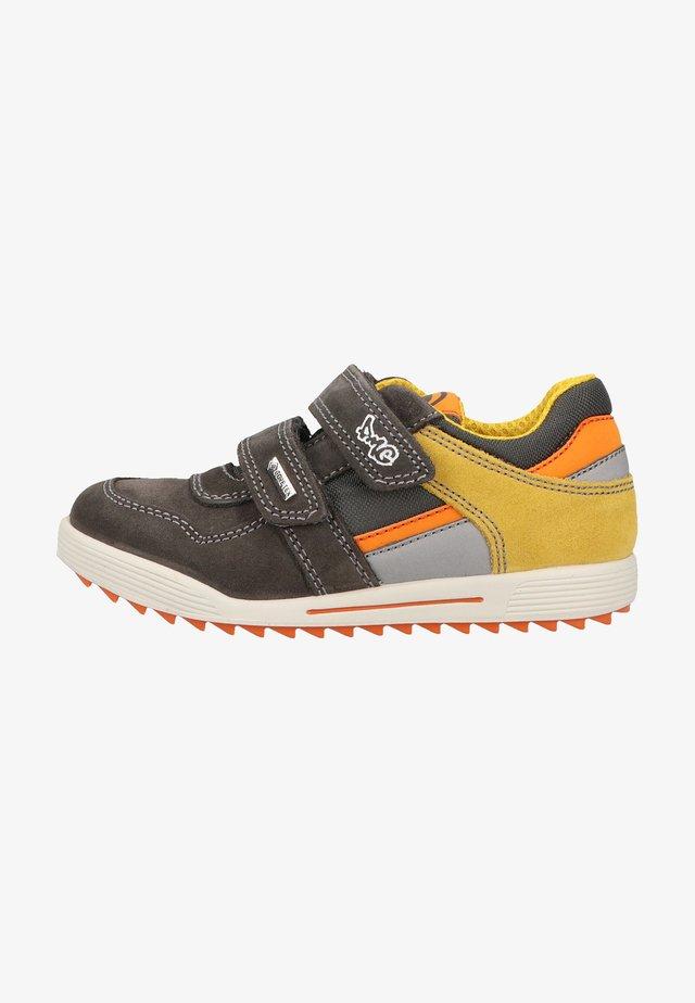 Sneakers laag - gr sc gial/grig