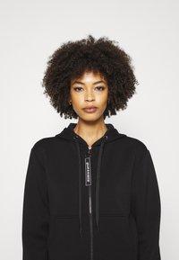 Guess - AKILAH ZIPPED  - veste en sweat zippée - jet black - 3