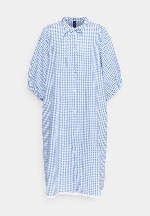 DAKAR DRESS - Skjortklänning - dove