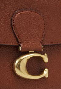Coach - MAY SHOULDER BAG - Handbag - saddle - 5