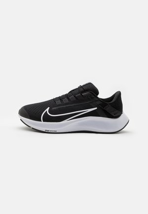 AIR ZOOM PEGASUS 38 FLYEASE 4E - Zapatillas de running neutras - black/white/anthracite/volt