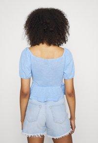 Pieces - PCTENZIN - T-shirt basic - vista blue - 2