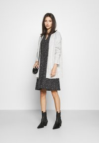 ONLY - ONLSIMONE CARDIGAN - Cardigan - light grey melange - 1