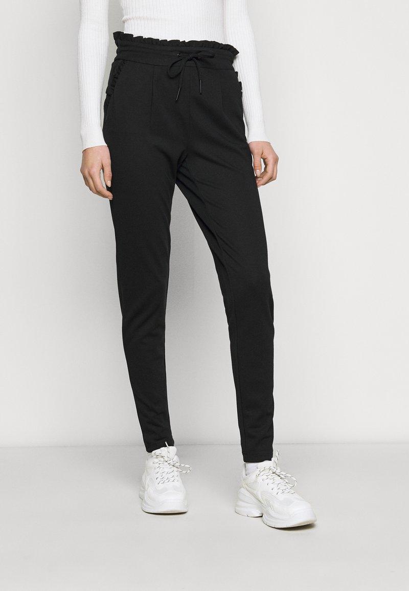 ONLY Tall - ONLPOPTRASH EASY FRILL PANT - Joggebukse - black