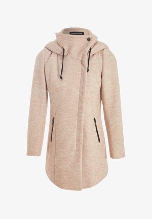 ASYMMETRISCH GESCHWUNGENER  - Short coat - beige
