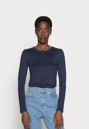CREW - Long sleeved top - true indigo