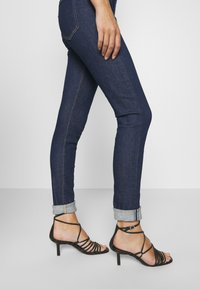 Levi's® Made & Crafted - LMC 721 - Jeans Skinny Fit - ski soft rinse - 4