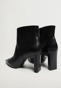 Mango - MOON - Classic ankle boots - zwart - 3