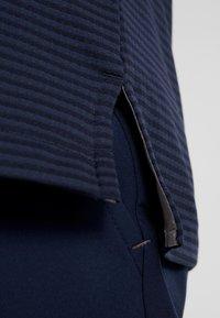 adidas Golf - HEAT RDY STRIPE - Funkční triko - collegiate navy/night navy - 6