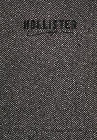 Hollister Co. - TONAL TECH - Hoodie - black herringbone - 2
