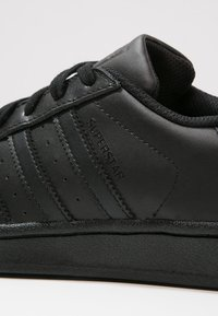 adidas Originals - SUPERSTAR FOUNDATION - Trainers - core black - 5
