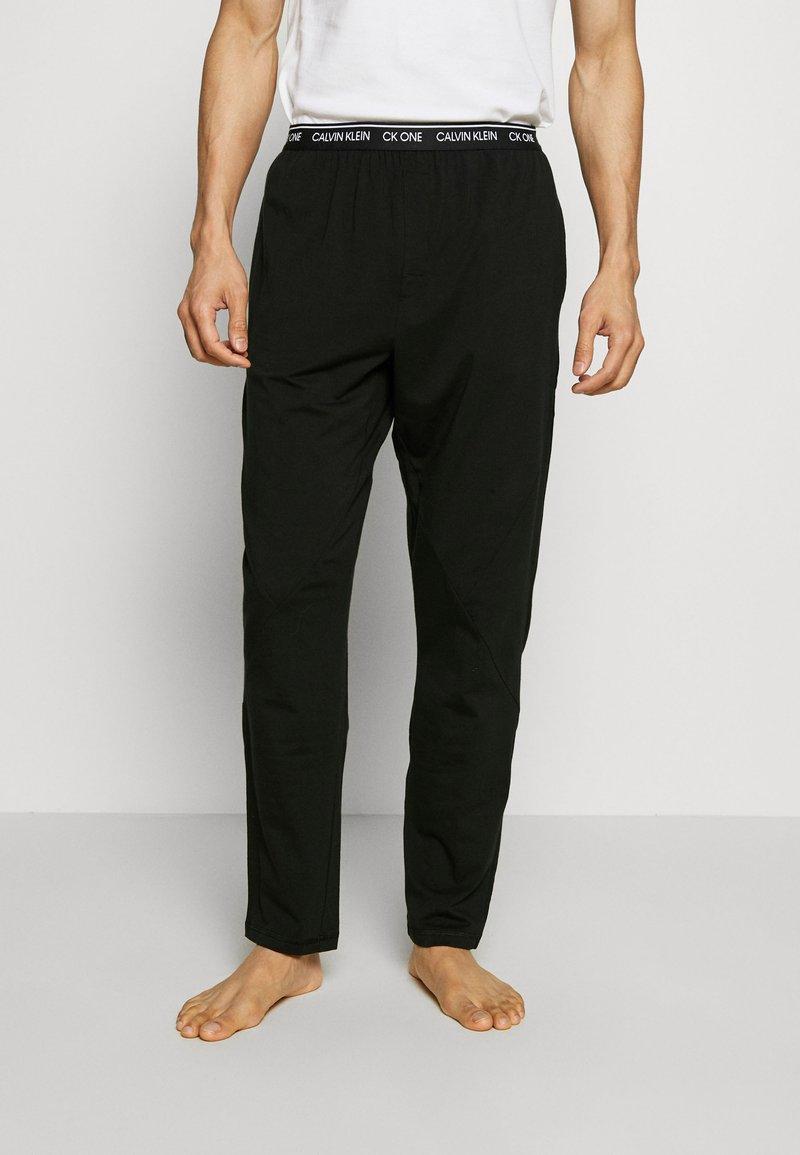 Calvin Klein Underwear - SLEEP PANT - Pyžamový spodní díl - black