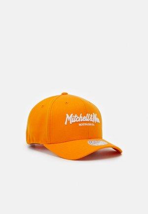 PINSCRIPT - Keps - passtle orange