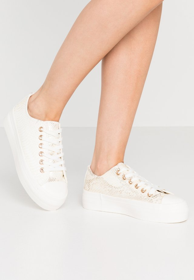 TAMI - Trainers - white