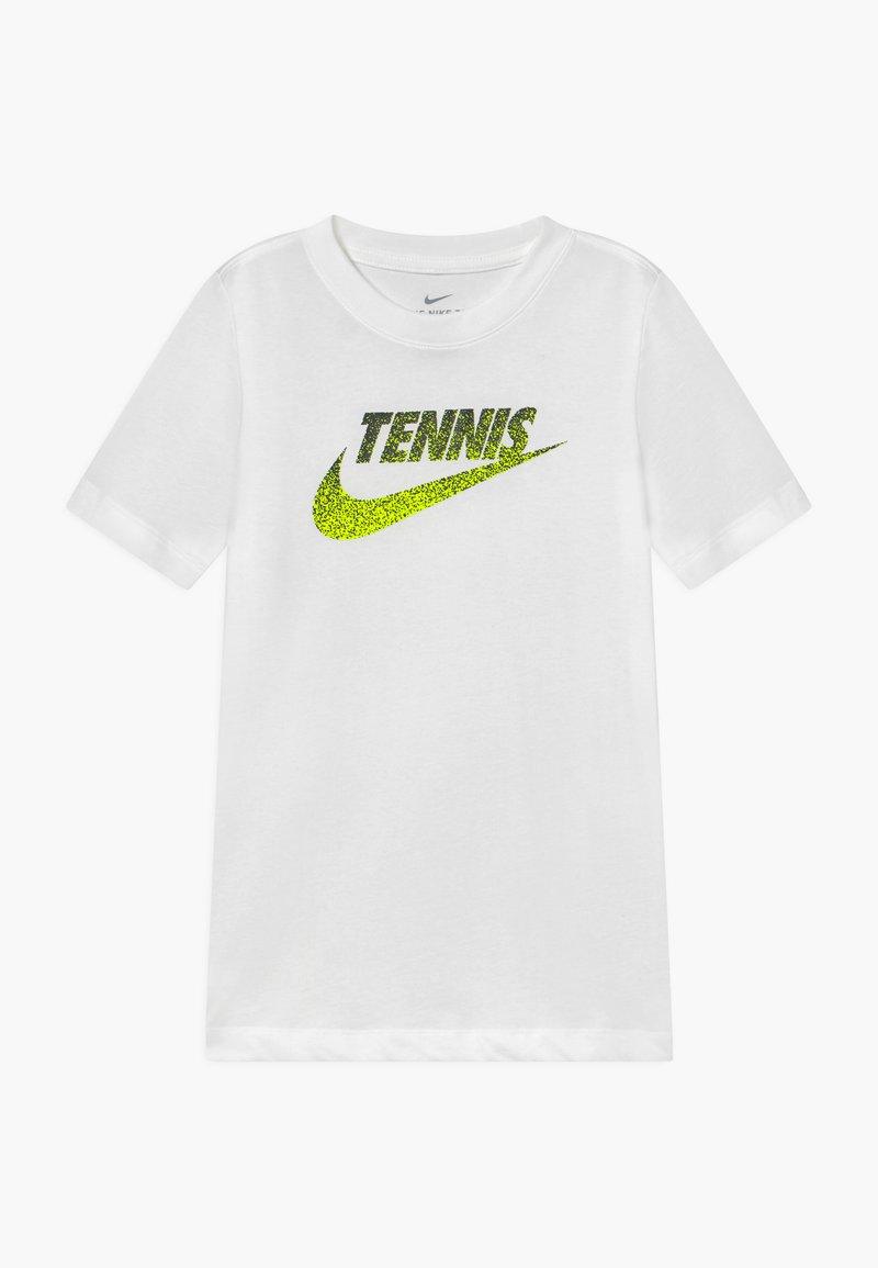 Nike Performance - TENNIS GRAPHIC - Print T-shirt - white/black