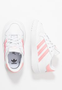 adidas Originals - TEAM COURT - Slip-ons - footwear white/glow pink/core black - 0