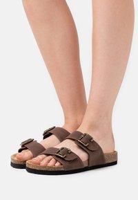 Anna Field - Slippers - dark brown - 0