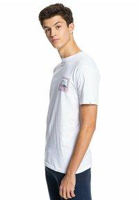 Quiksilver - HIGHWAY VAGABOND - T-shirt imprimé - white - 3