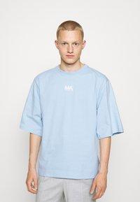 Martin Asbjørn - TEE - T-shirt basic - dream blue - 0