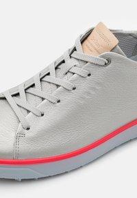 ECCO - TRAY - Golf shoes - alusilver - 5