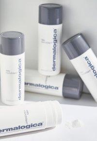Dermalogica - DAILY MICROFOLIANT®  - Face scrub - - - 1