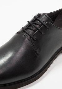 Camper - DAMEN  - Lace-ups - black - 2