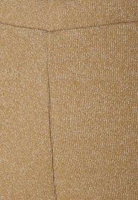 Noisy May - NMMERVE LOOSE PANT - Bukse - camel - 2
