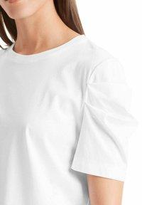 Marc Cain - Basic T-shirt - weiss - 0