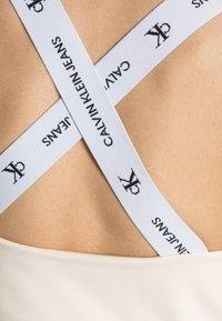 Calvin Klein Jeans - SQUARE NECK TANK - Top - muslin - 4