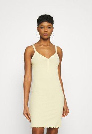 VMARIA SINGLET SHORT DRESS - Vestido de tubo - pale banana