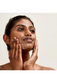 Pai Skincare - DINNER OUT - Ansiktsmask - - - 2