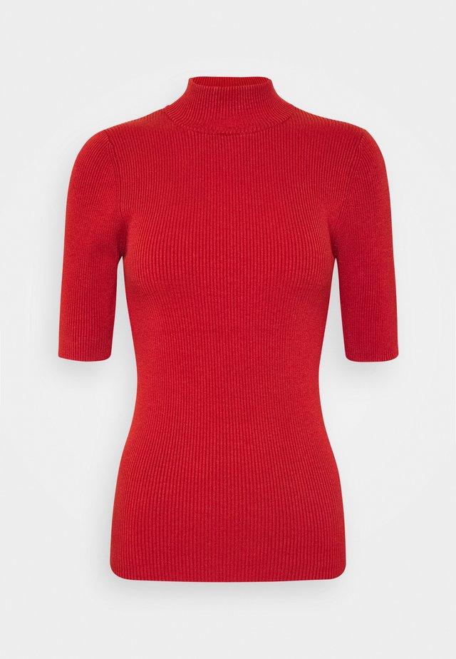 NUBIA  - T-shirt imprimé - barn red