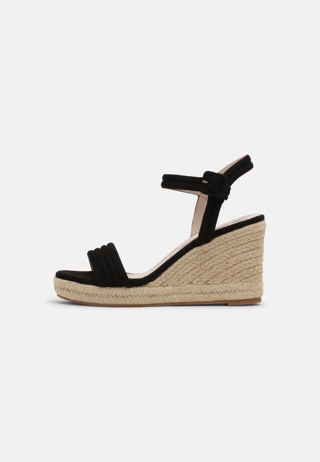 LOUISA - Sandały na platformie - black