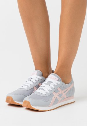TIGER RUNNER - Sneakers basse - piedmont grey/ginger peach