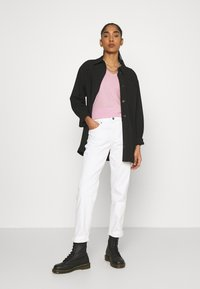 G-Star - EYBEN SLIM V T WMN S\S - Camiseta básica - lavender pink - 1
