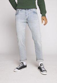 Levi's® - 501® '93 STRAIGHT - Straight leg jeans - light-blue denim - 2