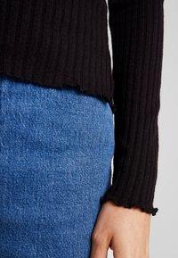 Noisy May - NMBERRY HIGH NECK - Stickad tröja - black - 5