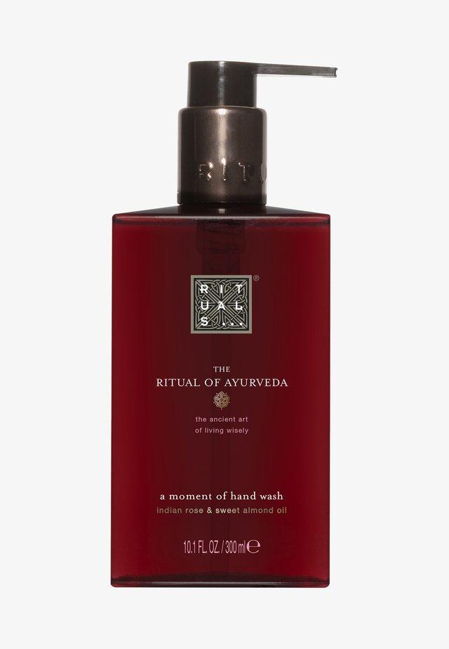 THE RITUAL OF AYURVEDA HAND WASH  - Liquid soap - -