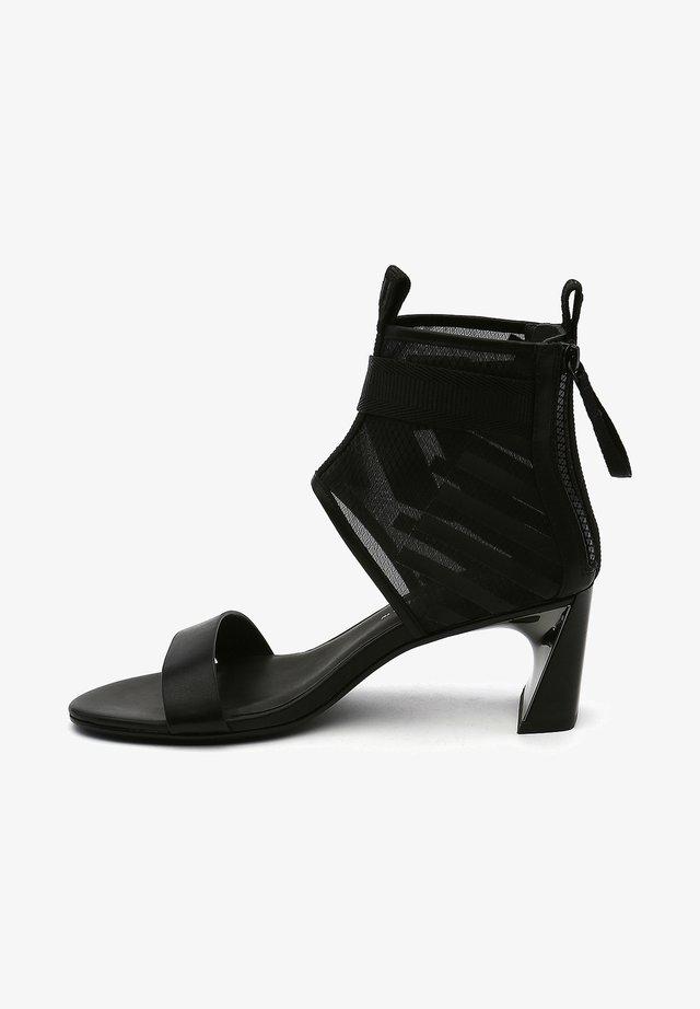 CALLI MID - Sandalen met enkelbandjes - black mesh
