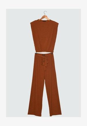 SET - Trousers - orange