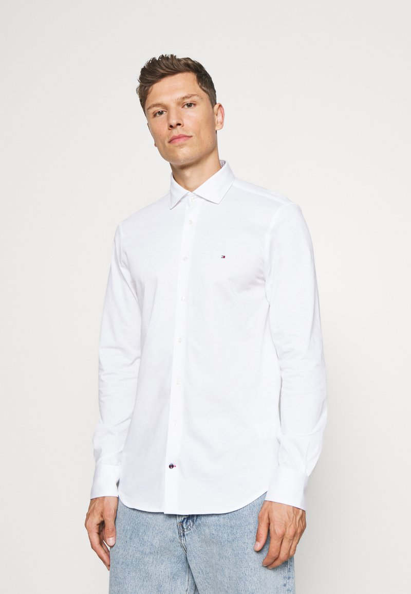 Tommy Hilfiger Tailored - SOLID SLIM SHIRT - Formal shirt - white
