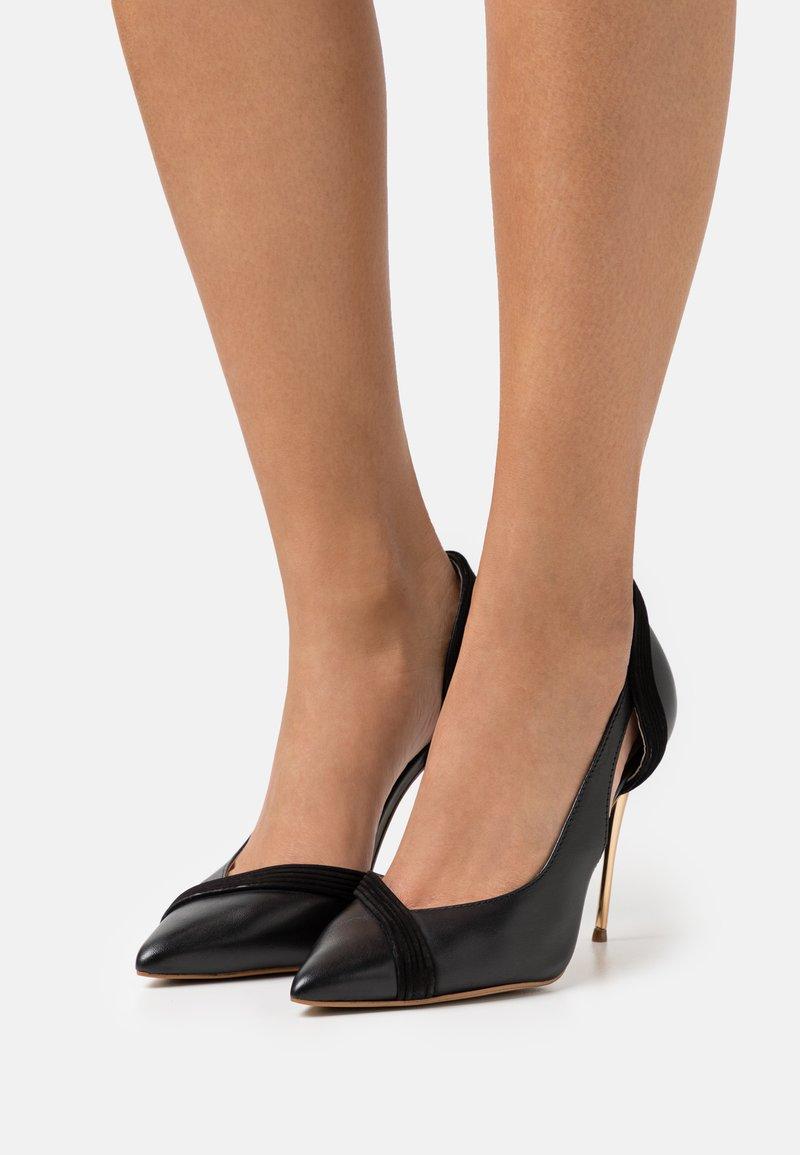 San Marina - LOUAKO - Classic heels - noir
