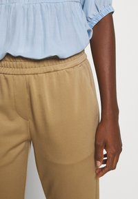 Marc O'Polo PURE - Trousers - mellow almond - 3