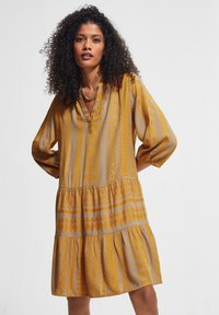 comma casual identity - Day dress - sand embroidery - 4