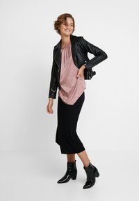 Dorothy Perkins - ANIMAL - Blouse - blush - 1