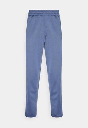 ADICOLOR CLASSICS FIREBIRD PRIMEBLUE TRACK PANTS - Teplákové kalhoty - crew blue