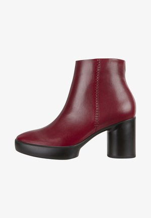 SHAPE SCULPTED MOTION - Classic ankle boots - syrah